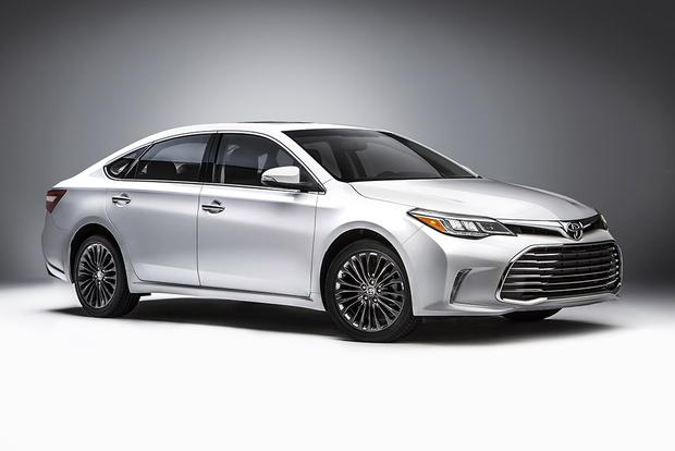 The 2018 Toyota Avalon is the Full-Size Sedan You've Been Searching For!